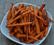 Baked chipotle sweet potato fries recipe