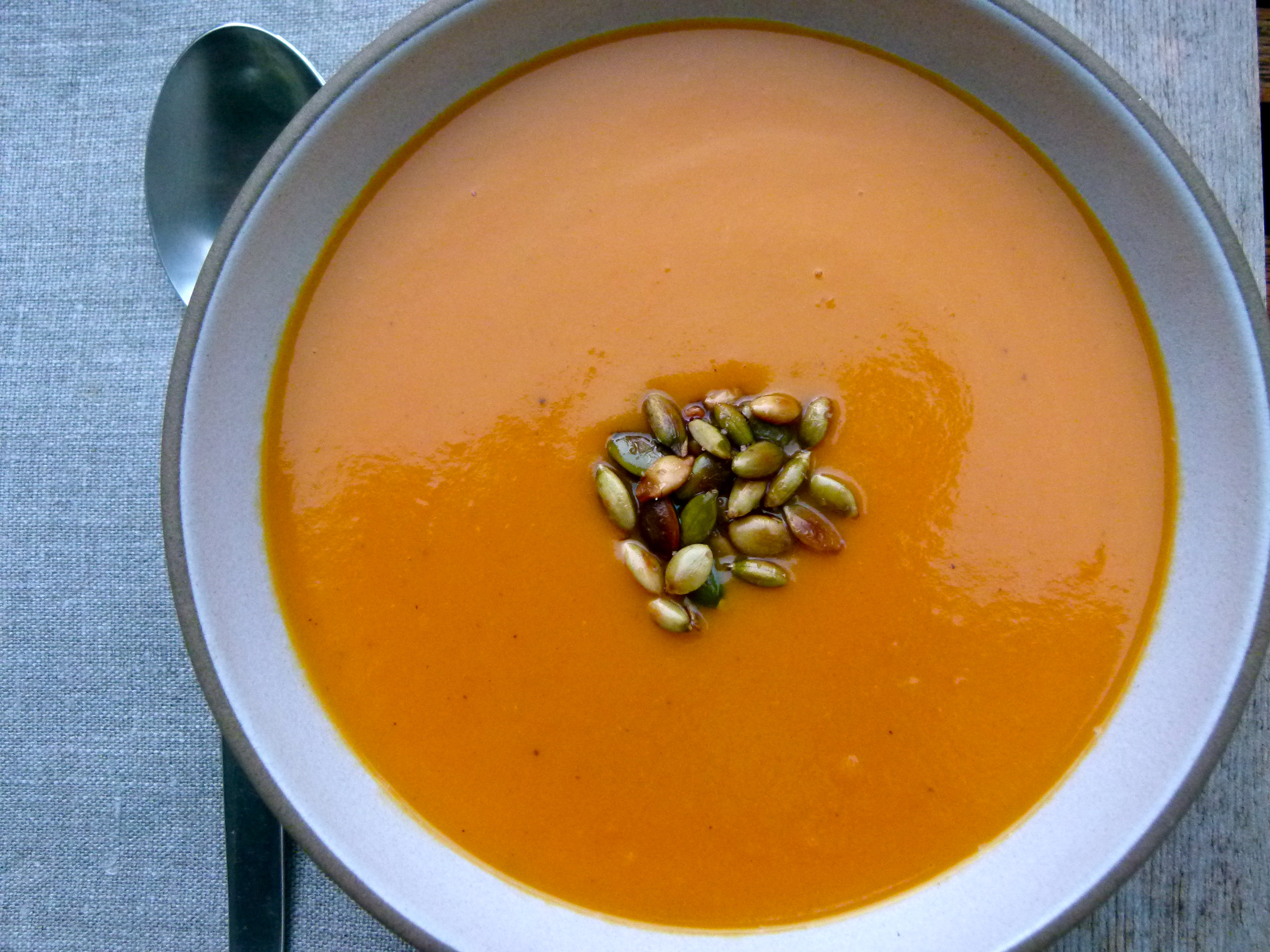 How to Thicken Soup with Flour
