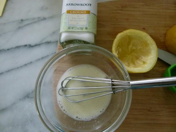 dissolve arrowroot in lemon juice