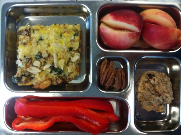 Brown rice and kale bake, nectarine, red peppers, pecans, cookie