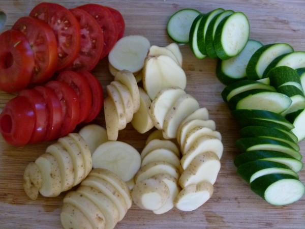 slice vegetables about the same thickness