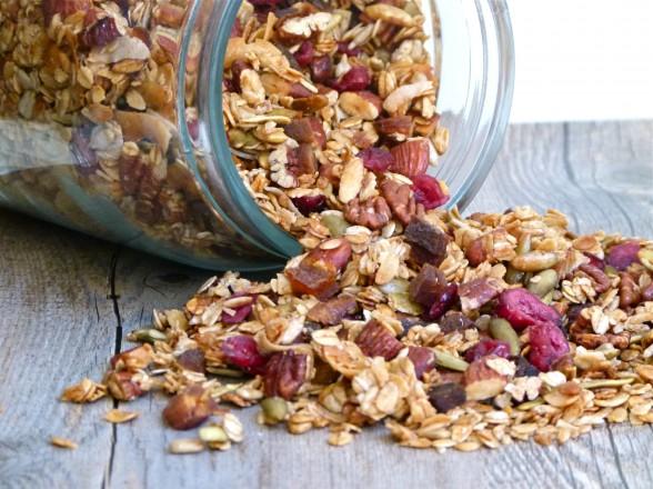 homemade gluten-free vegan granola | pamela salzman