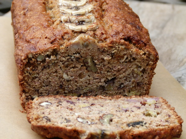 banana bread with almond pulp
