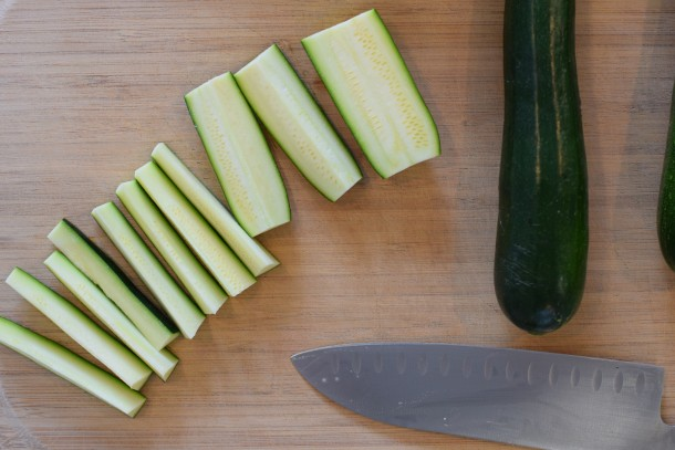 cut zucchini into fries