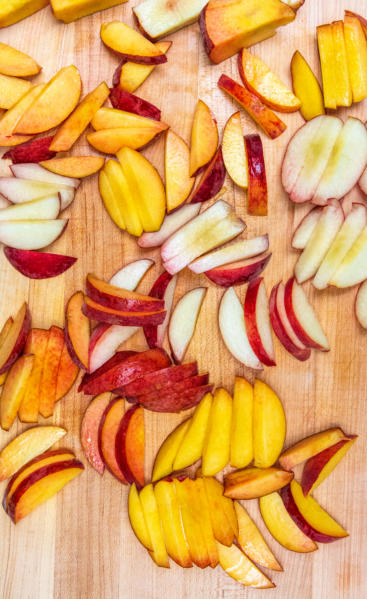 Peach Salad with Chili and Lime