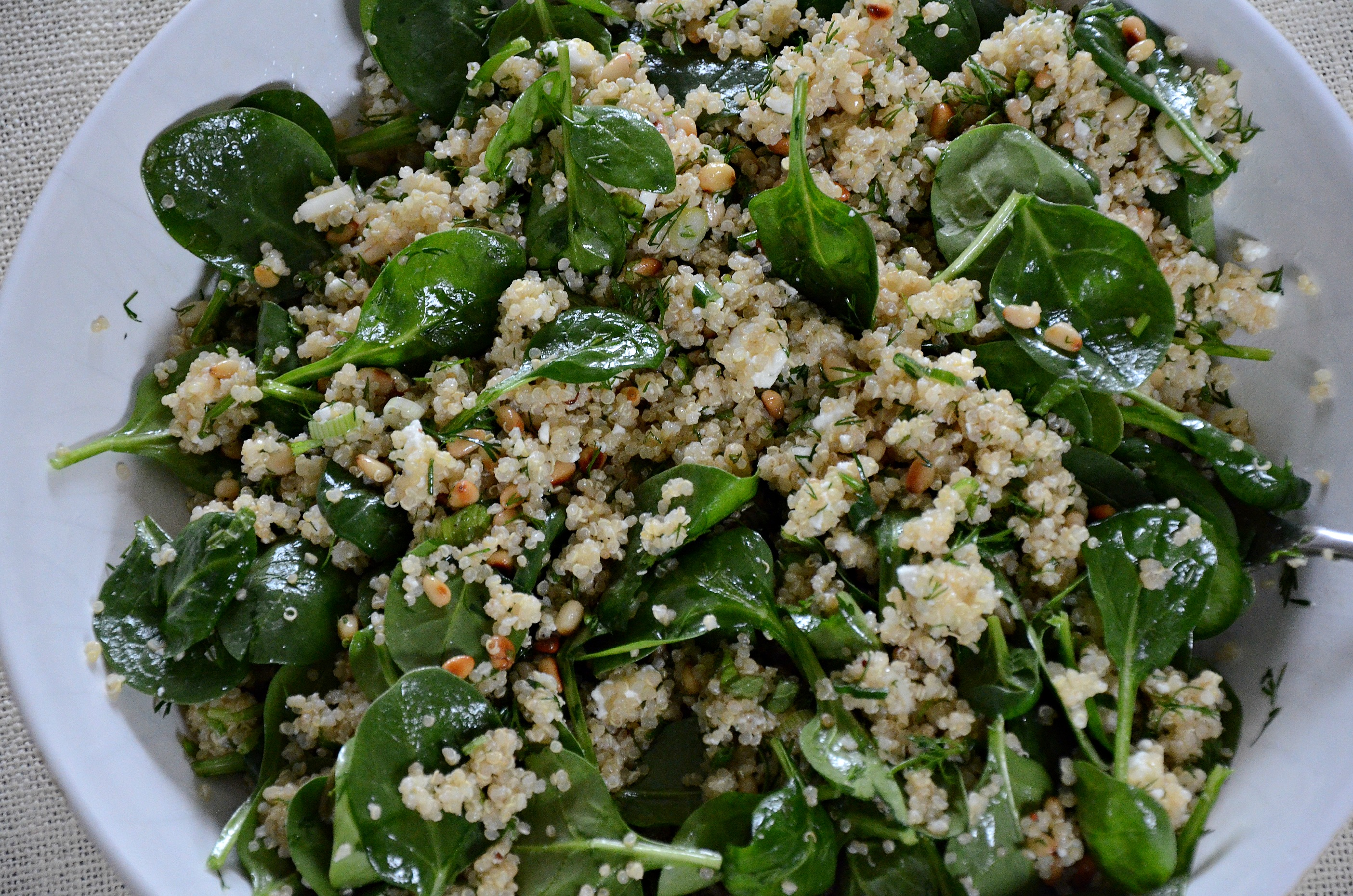 spinach and quinoa salad with feta and dill (aka, spanakopita without ...