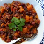 slow cooker vegetarian chili with sweet potatoes (stovetop version, too!)