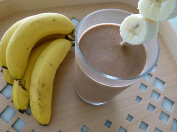 chocolate peanut butter banana oatmeal smoothie by Pamela Salzman