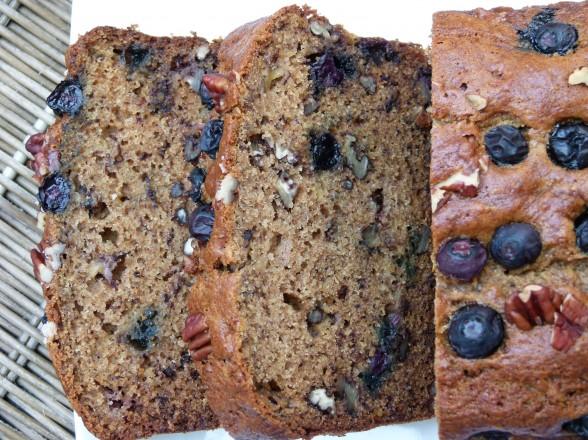 blueberry-banana spelt bread