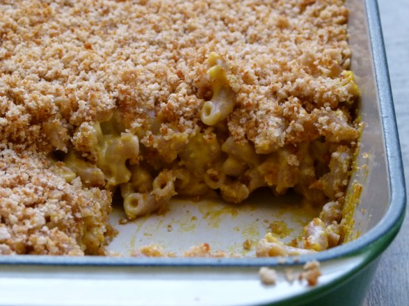 vegan mac and cheese with whole spelt macaroni