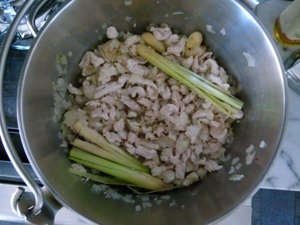 chicken, ginger, lemongrass