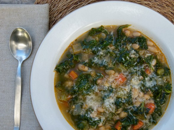 white bean and kale minestrone