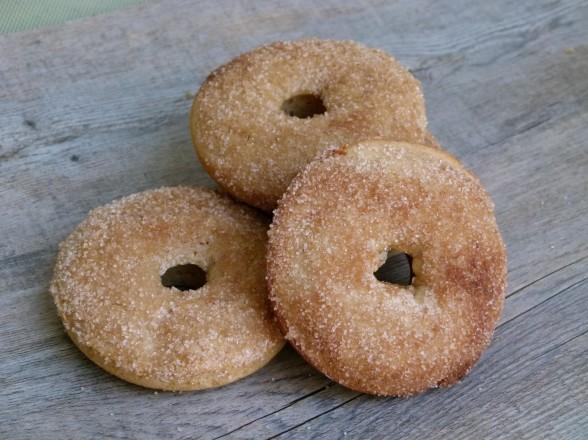 baked cinnamon cake doughnuts