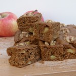 vegan apple spice snacking cake