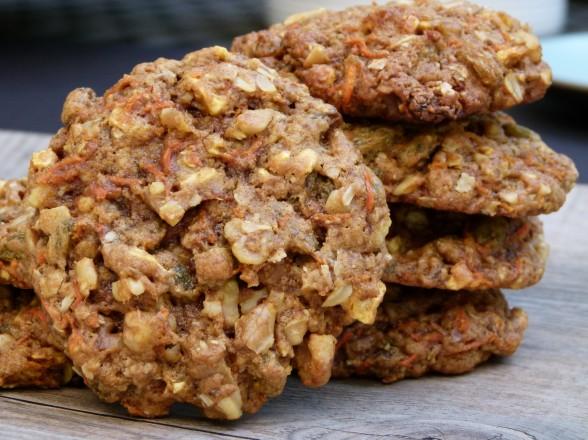 whole wheat carrot cake oatmeal cookies recipe (GF and vegan versions ...